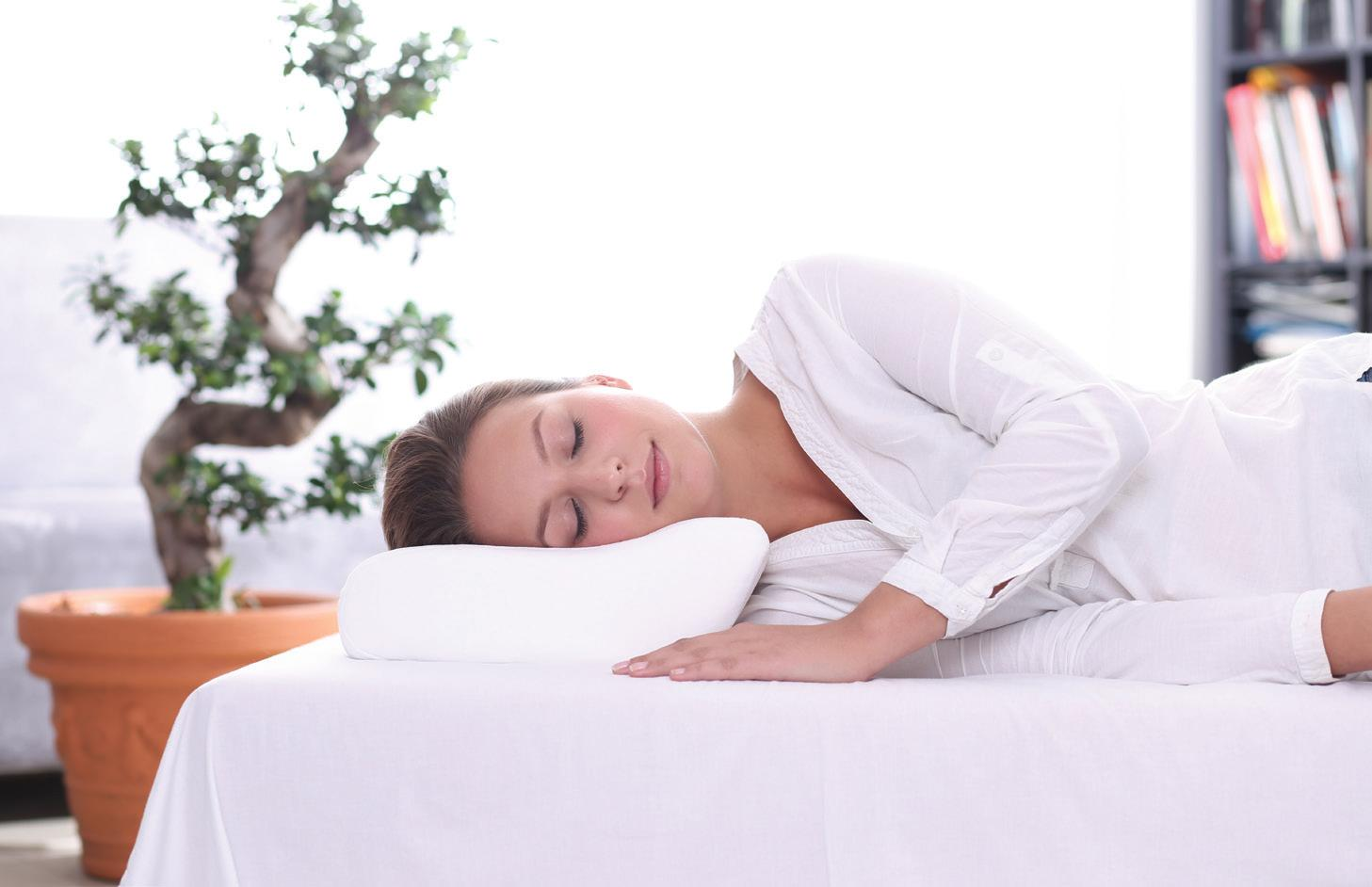 Pierwsza poduszka – jaką poduszkę do spania wybrać jako pierwszą